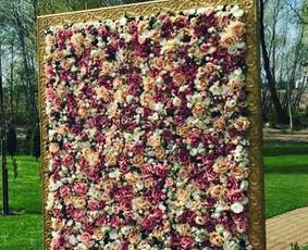 Gėlių sienų nuoma, fotosienelės,balionų girliandos