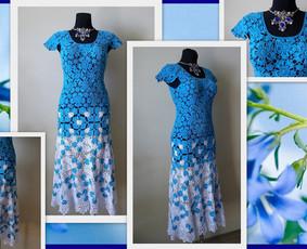 Suknelė nerta kabliuku iš DOPPIO RITO RTO siūlų, 100% medvilnė. Nerta iš atskirų detalių, suknelė trapecijos formos.