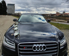 Prabangiu Audi A8 Long Nuoma Vestuvėms