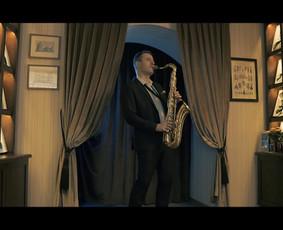 Saksofonistas Juozas Kuraitis Jūsų šventei !