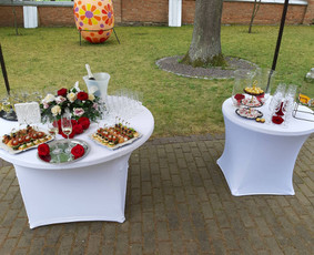 Modernus vaišių staliukas