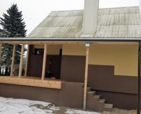 Stogo pakėlimas, prieangio ir dengtos terasos statyba.
