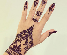 facebook : Leo Niekaip (Henna tattoo)