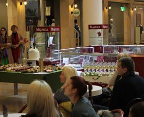 Š. m. kovo 31 dieną, Šventinis staliukas sudalyvavo Cukraus studijos saldžiojo stalo gaminių degustacijoje.