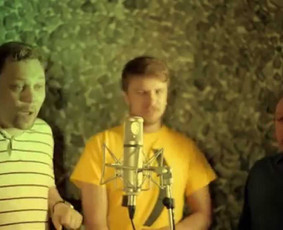 Quorum a cappella (Crazy!) - Ievan Polkka by Loituma - Extended version.Klipas filmuotas studijoje DoMinanta