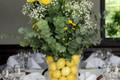 Stalų puokštės su citrinomis