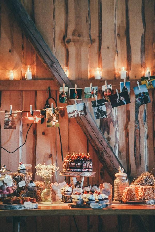 Nuotrauka: www.manosvente.lt  Planavimas ir dekoravimas: Pinjata renginiai (https://www.facebook.com/pinjata.renginiai) Daugiau apie šias vestuves: https://www.facebook.com/media/set/?set=a.659025710859487.1073741833.221162067979189&type=3