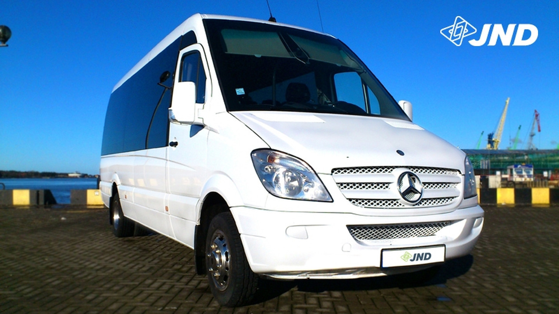 Turistinės klasės, 17/20 sėdimų vietų MERCEDES-BENZ SPRINTER mikroautobusai nuomai Klaipėdoje. Keleivių pervežimai Lietuvoje ir Europoje.
