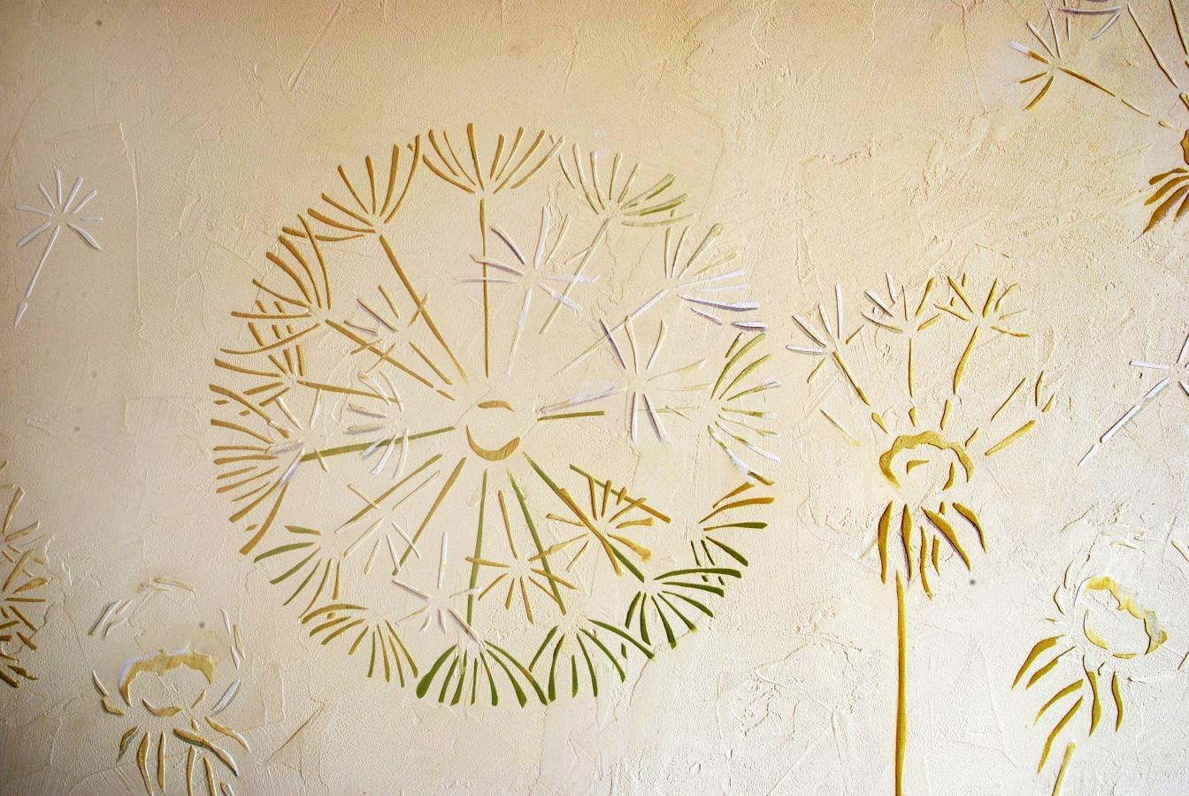 Sienos dekoras. Pienių motyvas. Reljefinis dekoras. Dekoruota siena. Interjero dizainas. Decorated wall. Wall Decor.  Embossed wall decor. Interior design. Dandelion.