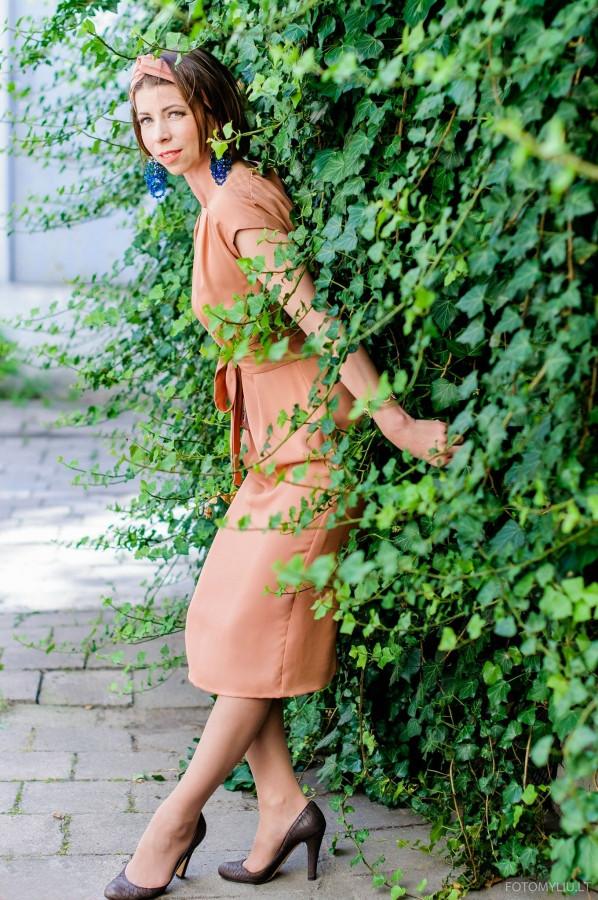 Stilistė- dizainerė : Natalija Stunžėnienė www.natalijastun.com Visažistė: Iveta Ma   http://versliukai.lt/vizazistes/vilniuje/iveta-iv136 Fotografas: Vidmantas Ganiprauskas   www.fotomyliu.lt   Modelis: Justina Ruzgaitė