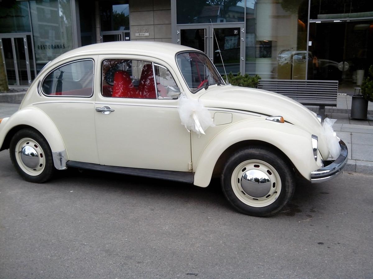 VW vabalas, baltas/kreminis, 1973 m