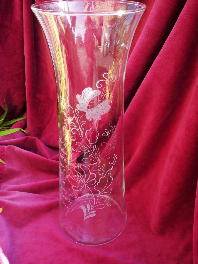 Graviruota vaza