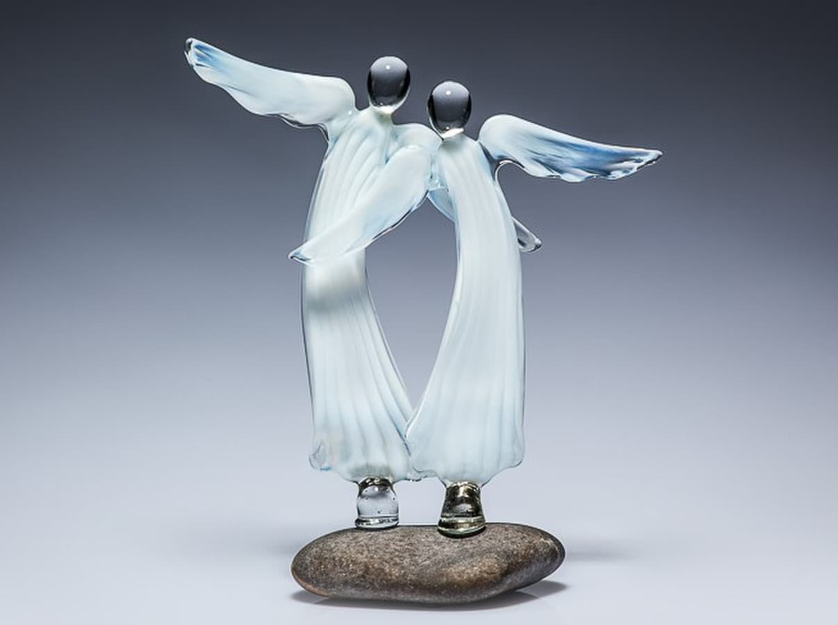 """Pieninio balto stiklo angelų pora """"Neperskiriami"""" Dydis 16x14cm ; Dydis 10x10cm"""