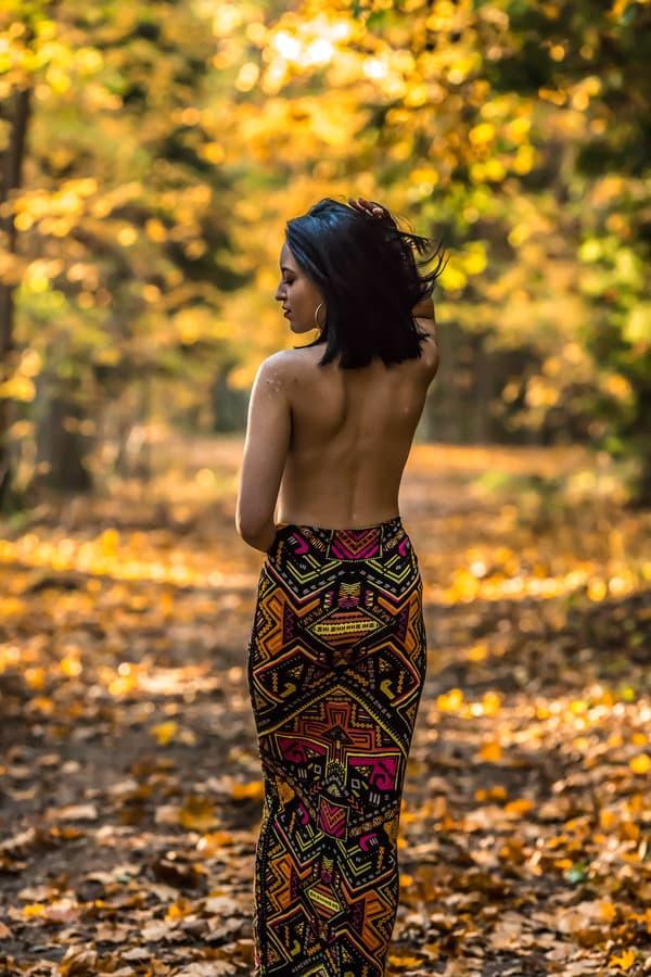 Jūsų oda yra tai , kas skiria nuo aplinkos ir nusimetus rūbus pradedi jausti didesnį ryšį su savimi ir gamta...