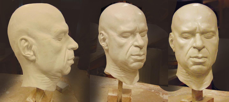Manekeno galva kino produkcijai. Gipsas, h - 30 cm.