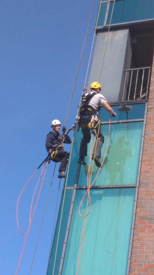 Aukštuminis fasadų valymas