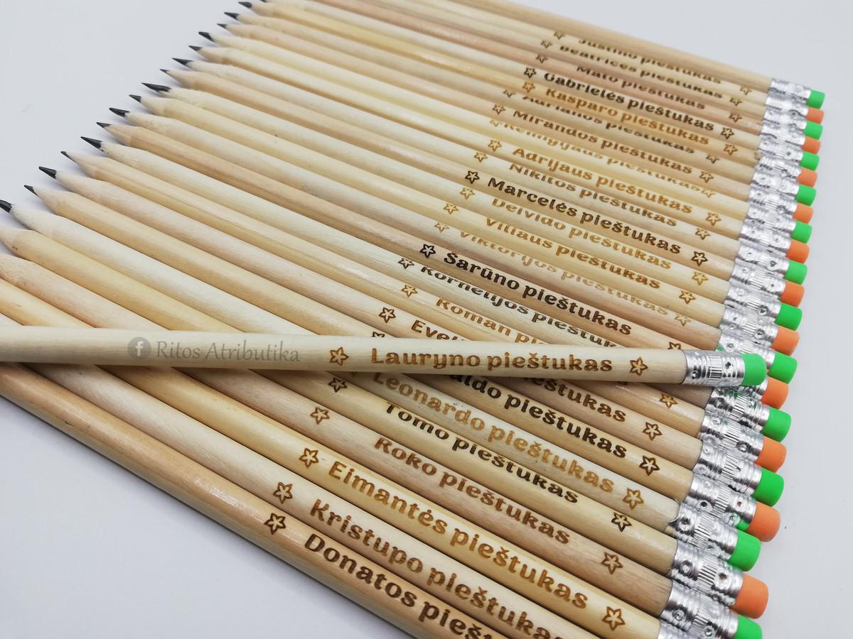 Graviruoti pieštukai, Pieštukai su jūsų norimu graviruotu tekstu, vardu, palinkėjimu ar tik simboliais. @ritosatributika,  Facebook: ritosatributika