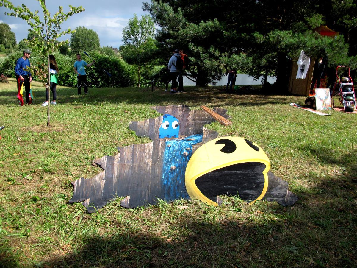 Iliuzija festyvalyje Stichijos, kompiuterinių žaidimų tematika