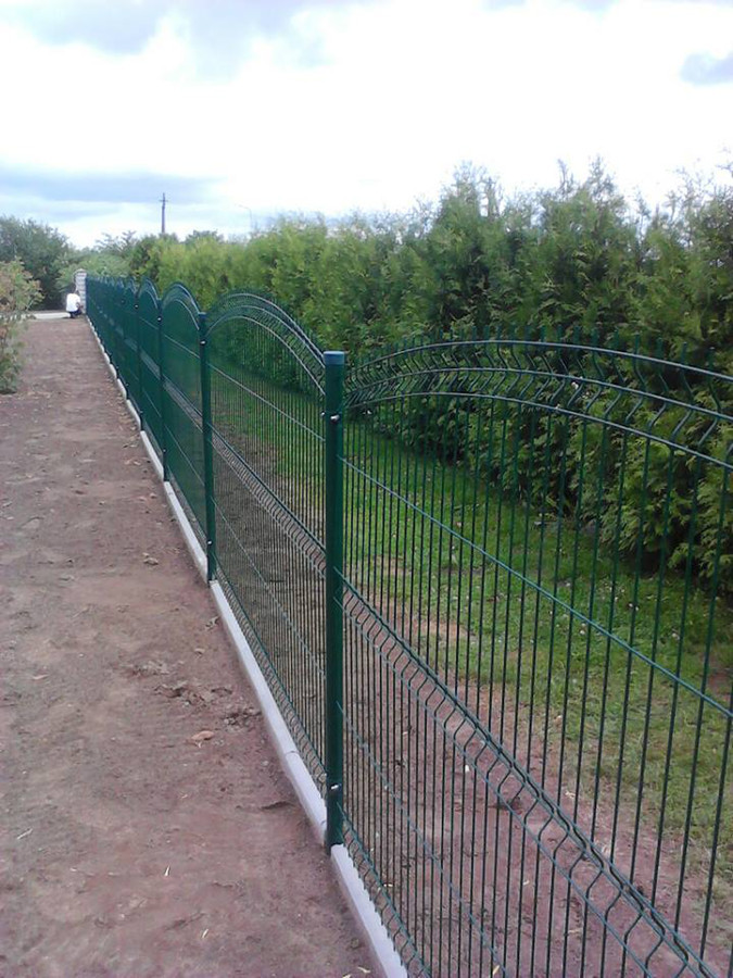 Montuojame ir parduodame segmentines tvoras. Ekonomiškiausias tvoros variantas kainos ir kokybės atžvilgiu. Dirbame visoje Lietuvoje.