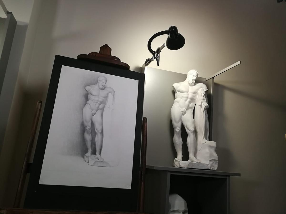 Klasikinio realizmo ateljė. https://www.facebook.com/klasikiniorealizmoatelje/ Instagram: realizmoatelje