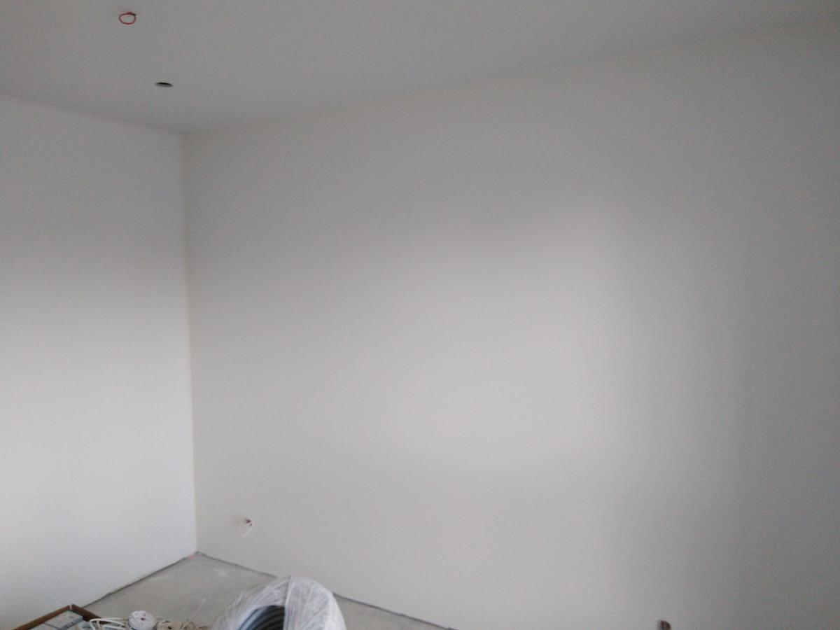Atlikti darbai:  - GKP lubų montavimo darbai, - GKP/GKPI pertvarų montavimo darbai, - Glaistymo, dažymo darbai. Geram rezultatui gauti naudojamos tik aukštos kokybės medžiagos.