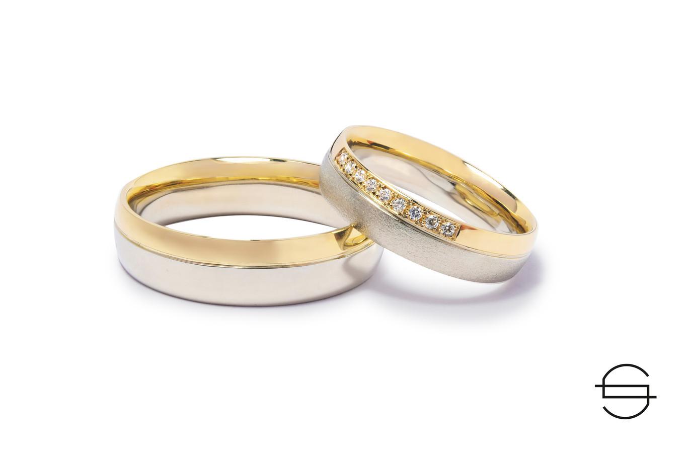 Geltono ir balto aukso vestuviniai žiedai. Moteriškas puoštas briliantais.