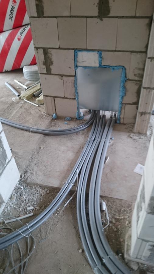 Namo įrengimas antro aukšto šildymas - radiatoriai 2