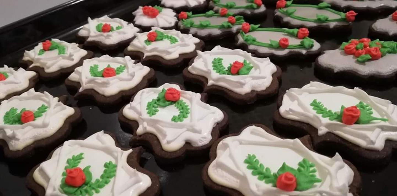 Vestuviniai dekoruoti sausainiai