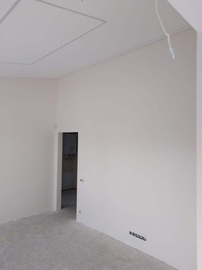 Atlikti darbai:  - glaistymo, dažymo darbai (geram rezultatui gauti naudojamos tik aukštos kokybės medžiagos).
