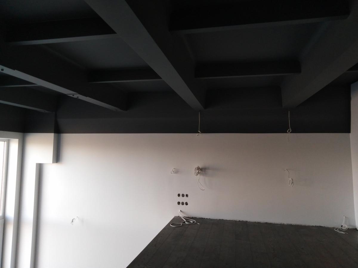 Atlikti darbai: - Betono perdangos, sienų paruošimas dažymui, - dažymo darbai.  Geram rezultatui užtikrinti naudojamos tik aukštos kokybės medžiagos.