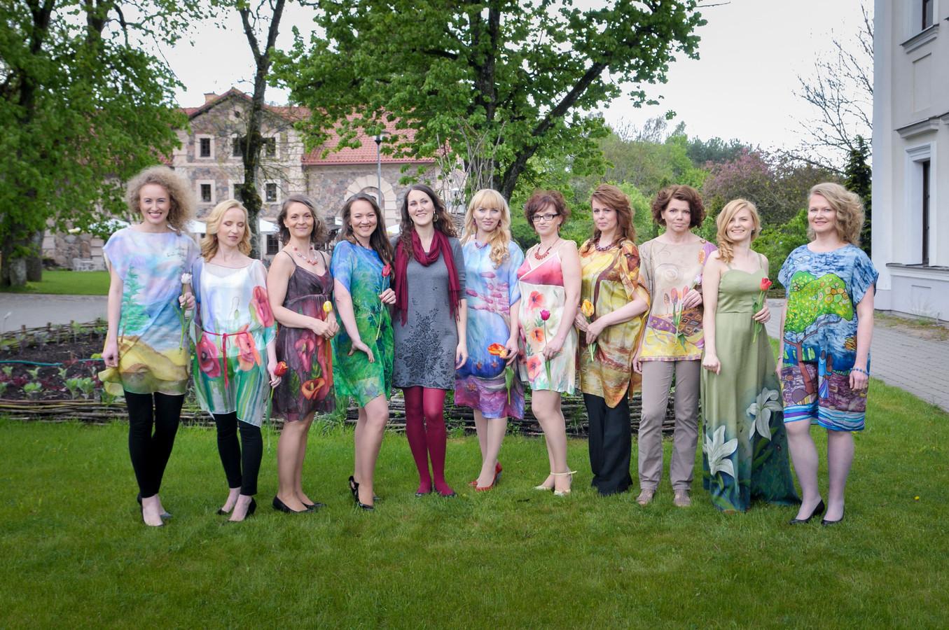 Šilkinės suknelės