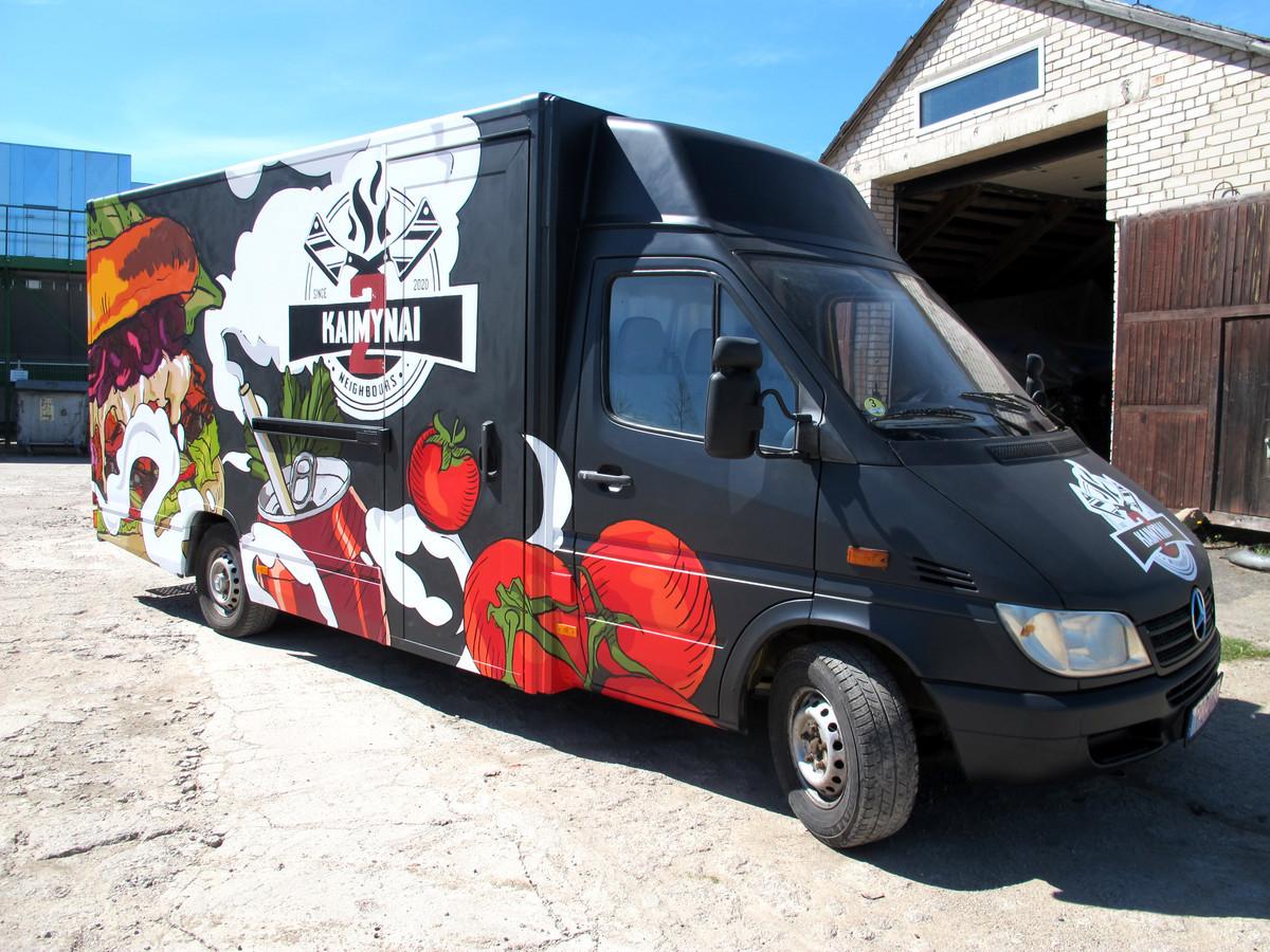 FoodTruck - 2 Kaimynai maisto furgono dizainas, logotipas ir įgyvendinimas graffiti technika