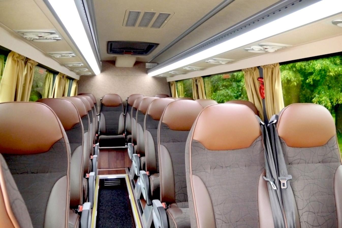NAUJAUSIŲ Tourline klasės MERCEDES BENZ SPRINTER - 19 vietų mikroautobiusų nuoma Klaipėdoje ir visoje Lietuvoje. Siekiame maksimaliai patenkinti klientų poreikius ir garantuoti aukščiausią aptarnavimo lygį. Teikiame tik kokybiškas keleivių pervežimo paslaugas ir garantuojame patogias keliones užsakomaisiais reisais Lietuvoje, Baltijos šalyse ir visoje Europoje