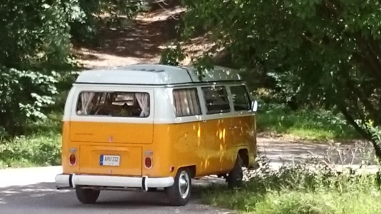 VW Transporter/Westfalia autobusiukas, 1970 m., 9-vietis, tinka įvairioms šventėms ir ekskursijoms.