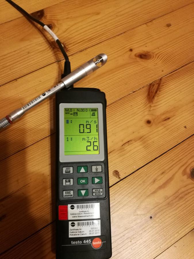 Sistemos balansavimo aparatas, kuris matuoja oro kiekį.