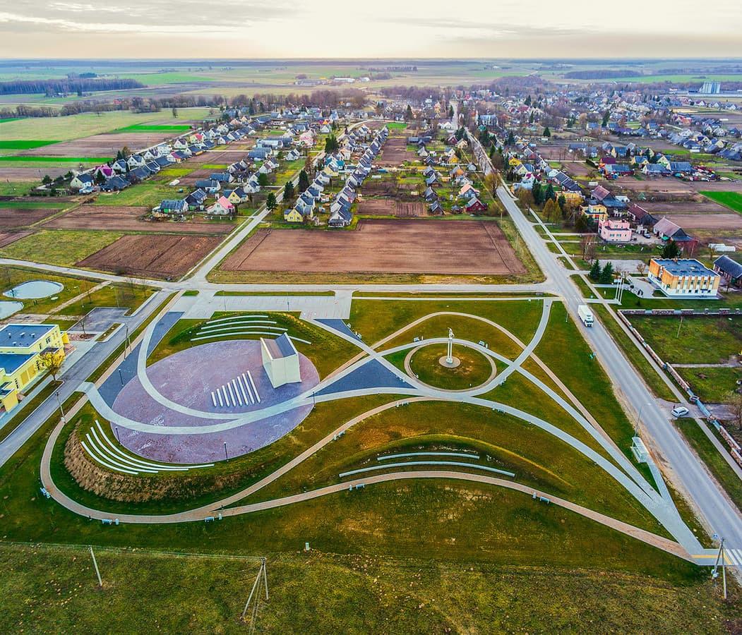 Vadoklių miestelio pokyčiai. NT fotografavimas ir filmavimas iš drono, nekilnojimo turto fotografvimas ir filmavimas dronu