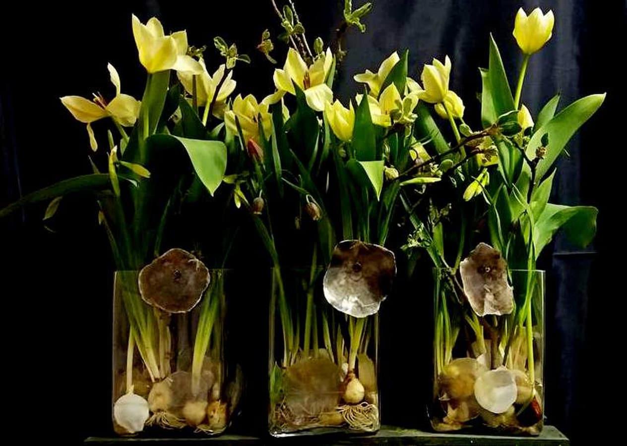 """Praktinio seminaro skirto mamos dienai """" Gėlės stikle"""" rezultatas."""