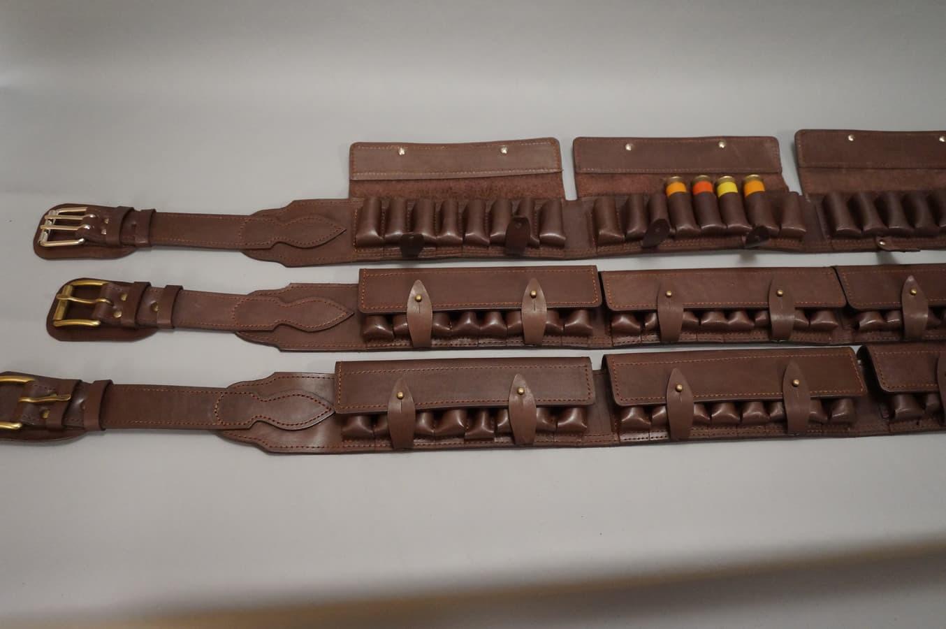 Šovininė diržas 24 šoviniai gali būti uždaro ir atviro tipo,su dirželiu ant kaklo  ir be jo pagaminta iš natūralios odos