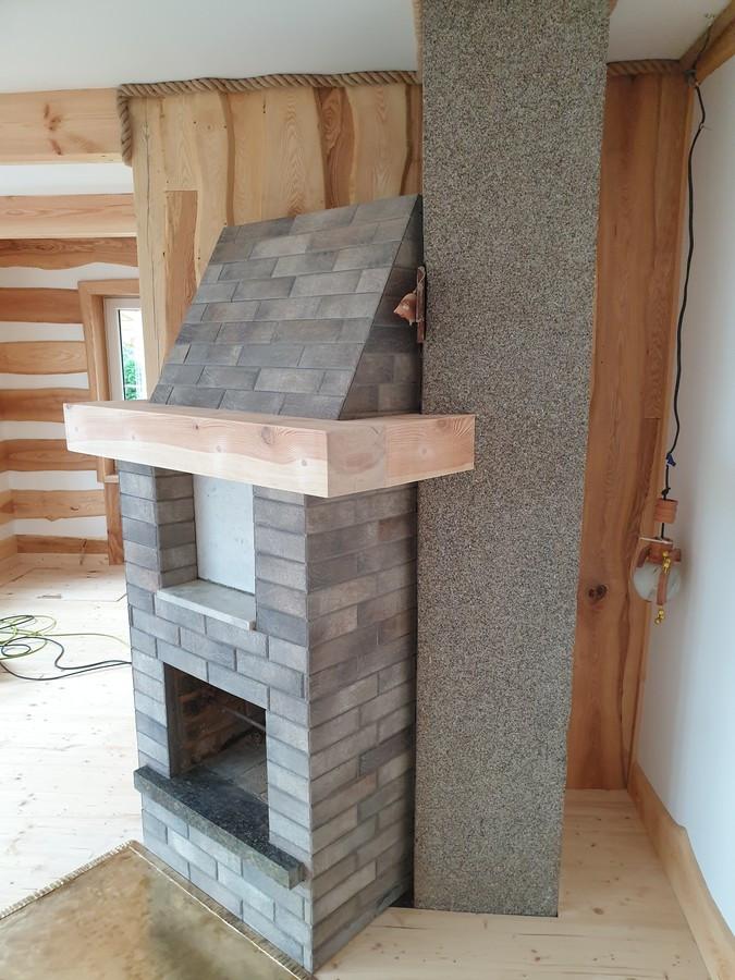 Seno židinio atnaujinimas. Plytelių klijavimas ir lentina is medinio bruso.