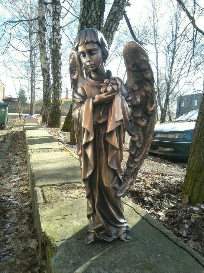 Angeliuko skulptūra, bronza. Aukštis 70 cm