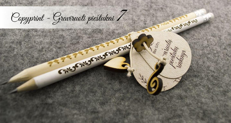 Mediniai graviruoti pieštukai su vardais ir raštais. Asmeninė dovana.