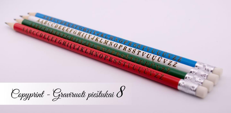 Graviruoti vaikiški pieštukai su abėcėle ir vaiko vardu. Puiki dovana pirmokui ar darželinukui.