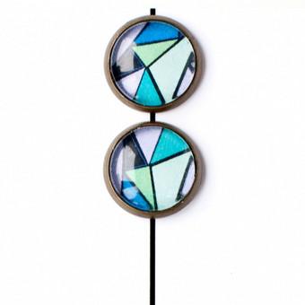 Iliustruoti įveriami stikliniai auskariukai. www.mune.lt