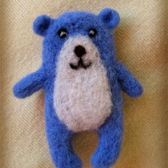 Mėlynas meškiukas. Sagė. 8 cm