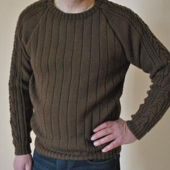 Stilingas vyriškas megztinis