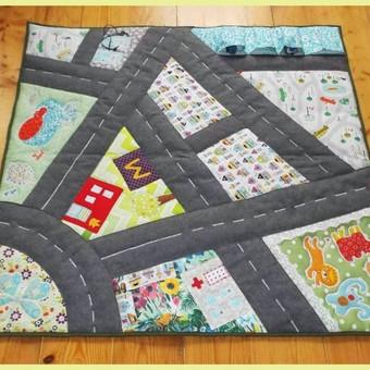 Žaidimų kilimėlis 80x90 cm. Puiki dovana krikštynoms ar mažam berniukui.