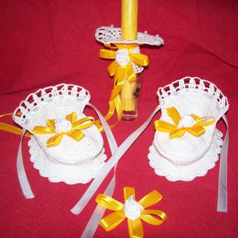 Komplektukas krikštynoms {batukai, sijonukas žvakei, gėlytė kepurytei...}