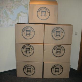 Kartoninės dėžės patogiam persikraustymui