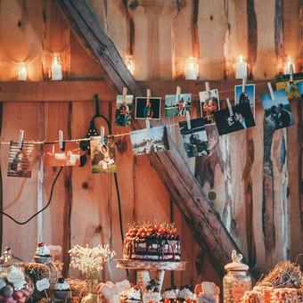 Nuotrauka: www.manosvente.lt  Planavimas ir dekoravimas: Pinjata renginiai (https://www.facebook.com/pinjata.renginiai) Daugiau apie šias vestuves: https://www.facebook.com/media/set/?set=a.659025 ...