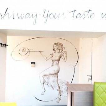Piešinys ant sienos. Sushiway, Kaunas. http://www.sushiway.lt/